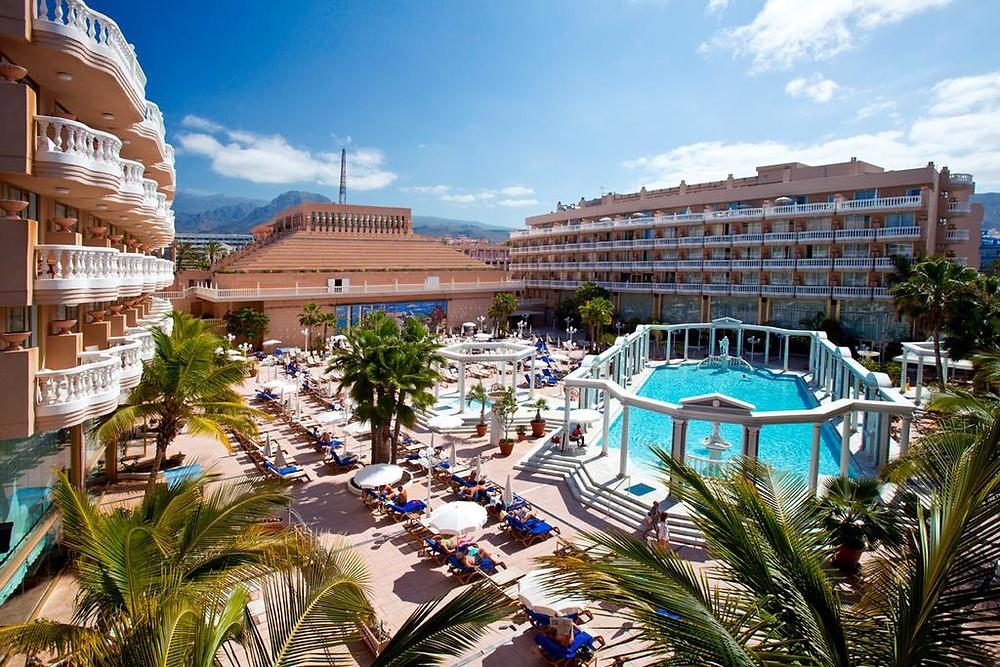 забронировать отель, лучшие курорты Испании, агентство OvLGroup, забронировать отель, лучший отель,