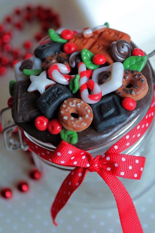 банка с подарками, баночка с конфетами, к новому году подарок, что подарить на новый год друзьям и близким, OVLGroup,