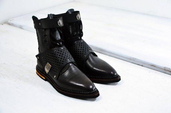 необычная обувь ручной работы, единственные сапоги, купить авторскую обувь,заказать  обувь у мастера,агенство OvLGroup,