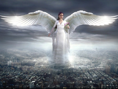 Призовите Архангелов изобилия и процветания, с помощью мощной молитвы