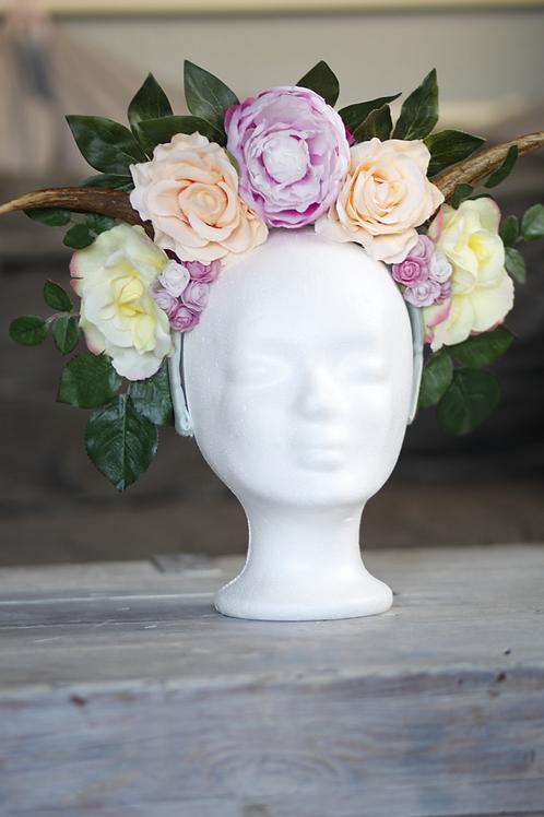 Frühlingsblumen Headpice mit Hörnern