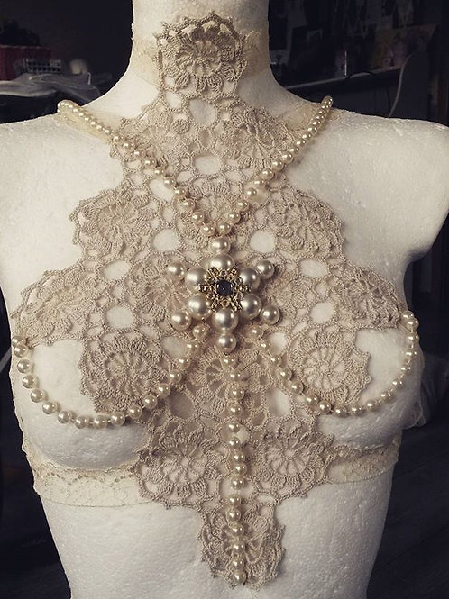 Vintage Lace and Peal Harness