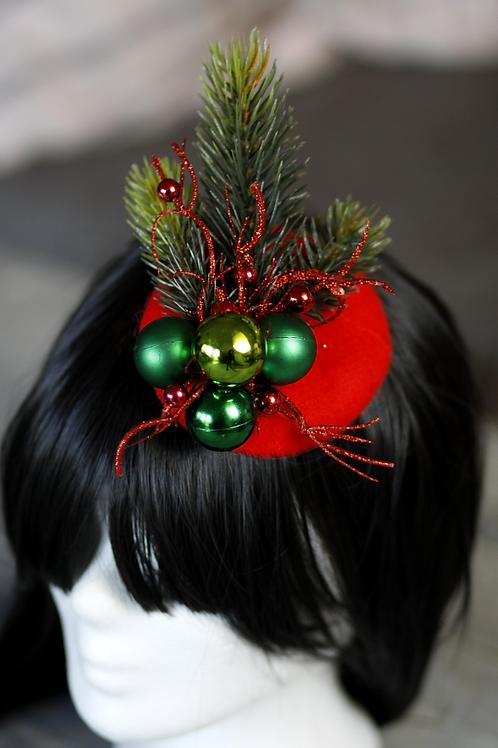 kleiner Weihnachts Fascinator