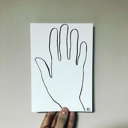 Main et ligne sur plan