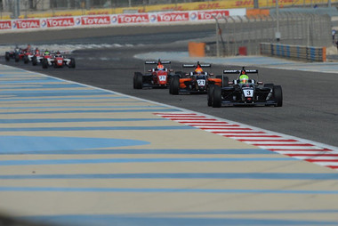 Dylan leading the field on the way to winning in Bahrain Dec 2019