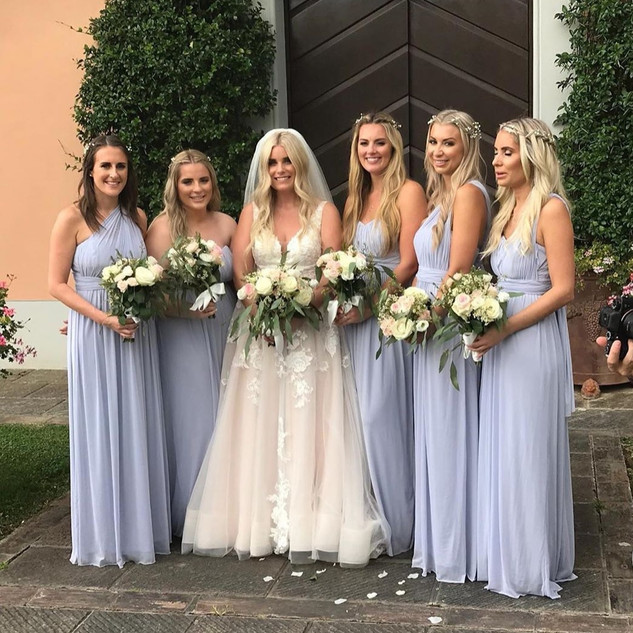 Victoria and her beautiful bridesmaids