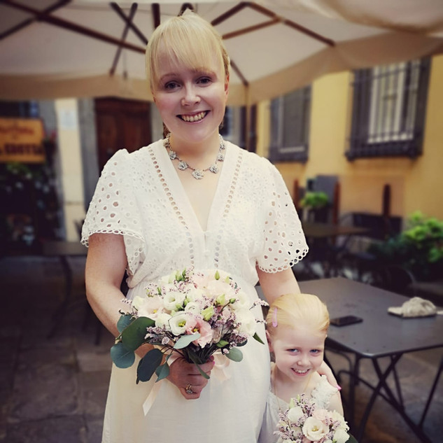Patricia and the cutest bridesmaid
