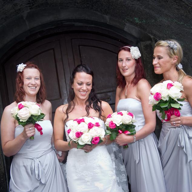 Bride and Brisdesmaids
