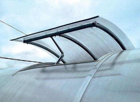 Форточка в крышу
