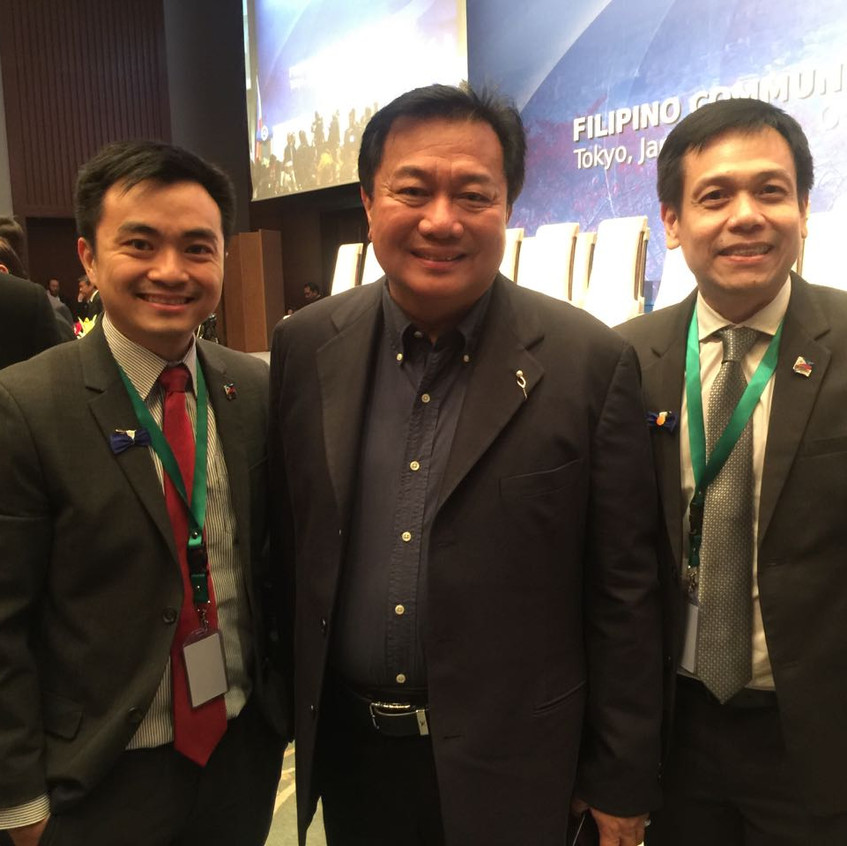 Chris Lim (PFA Director), Pantaleon Alvarez (Speaker of the House), Alan Escalona (PFA President)