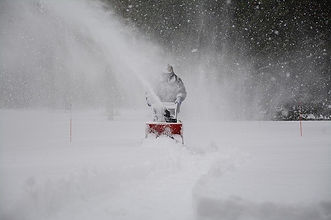 snow-removal-1853220_640 (1).jpg