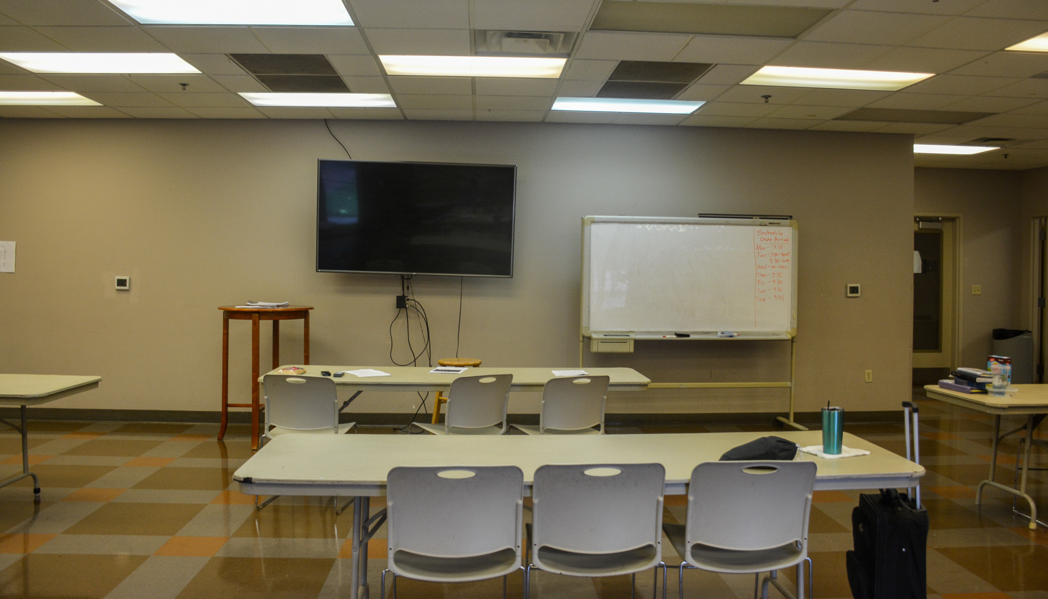Cafeteria/meeting room