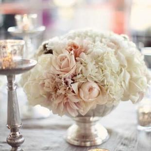 white hydrangeas, quicksand roses, dahlias