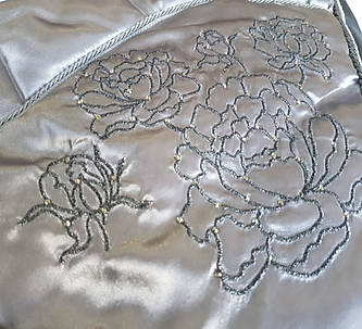 satin-saddlecloth-detail-embroidery