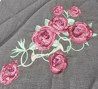 saddlecloth-detail-pink-flower