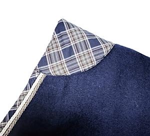blue-square-rug