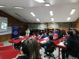 Centro de Negocios realizó charla sobre emprendimiento