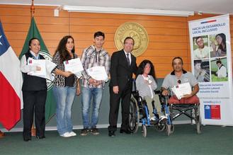 Estudiantes fueron reconocidos por Senadis