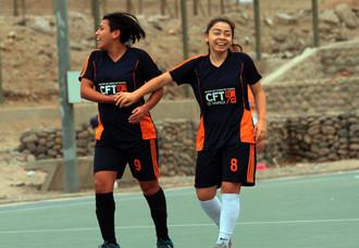 Campeonas regionales del torneo de futsal damas de las LDES