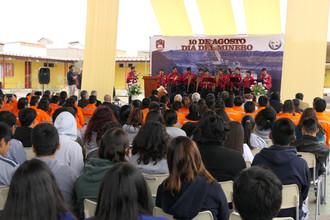 CFT participó en Expomin del liceo Pablo Neruda