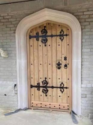 MEDIEVAL TUDOR DOORS