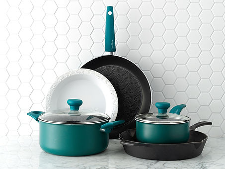 Taste of Home Cookware Hero Image