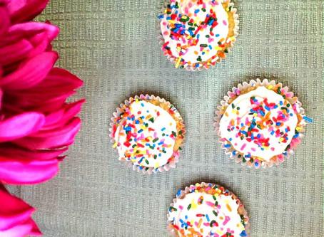Low-Carb Vanilla Cupcakes