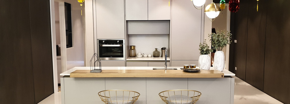 Complete Dry Kitchen