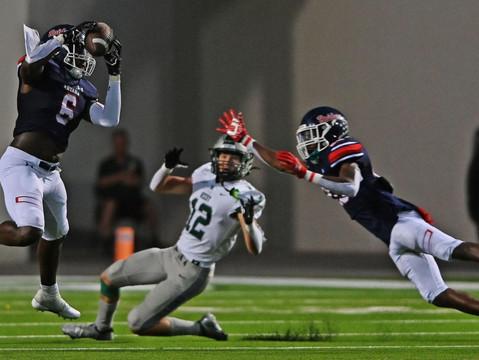 Kalib Hicks rushes Ryan Raiders past Frisco Reedy in district opener