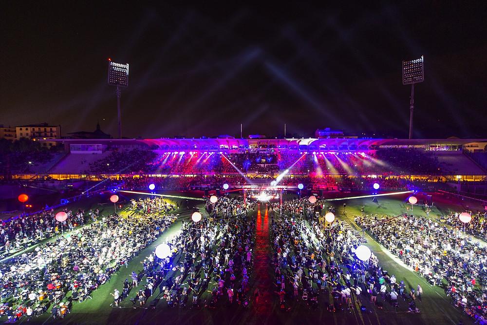 """L'evento Rockin'1000 allo stadio """"Artemio Franchi"""" di Firenze"""