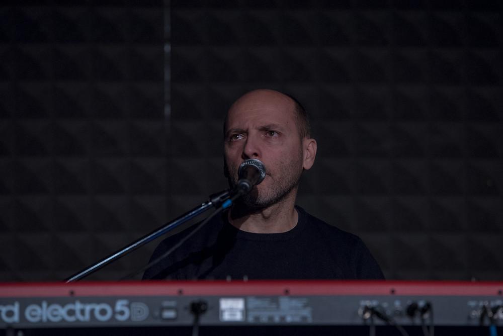 Michele Amadori - cori e tastiere