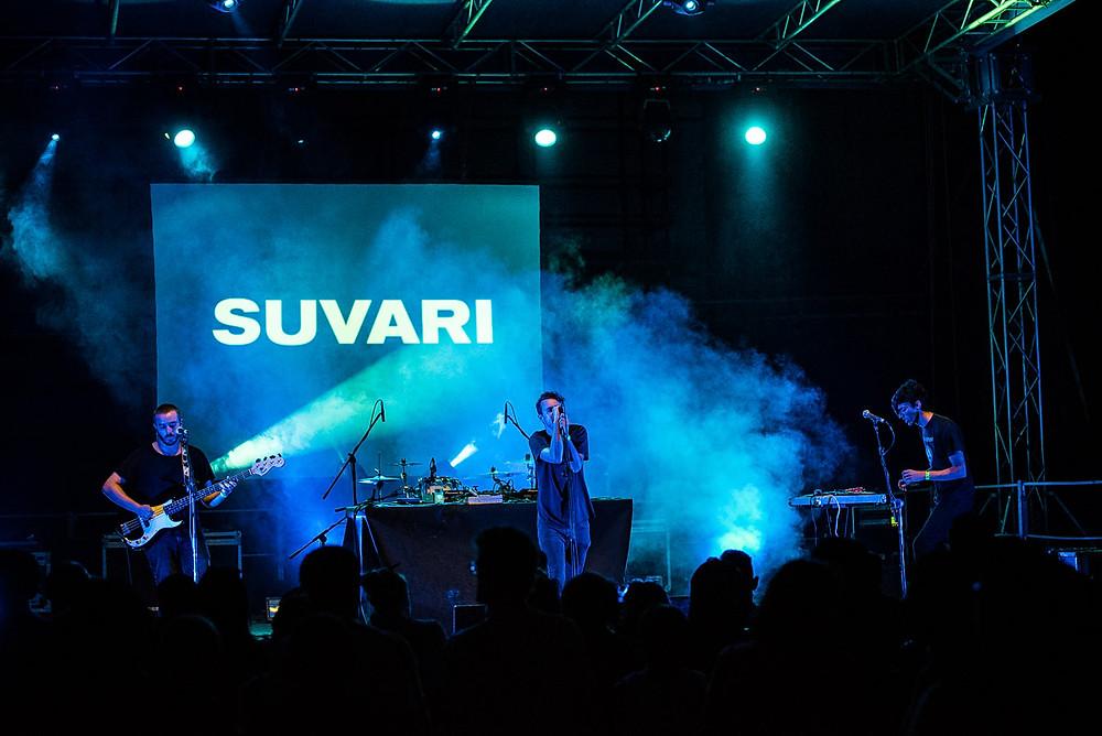"""Luca De Santis in concerto ieri sera all'Arena Puccini di Bologna nell'ambito del festival """"Tutto molto bello"""""""