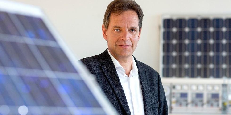 ERNEUERBARE ENERGIEN - Kein Dach ohne Solarstrom