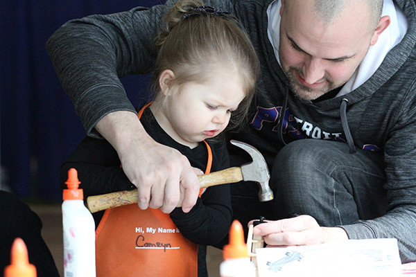 Home Depot hosted kids building project at 2019 home show