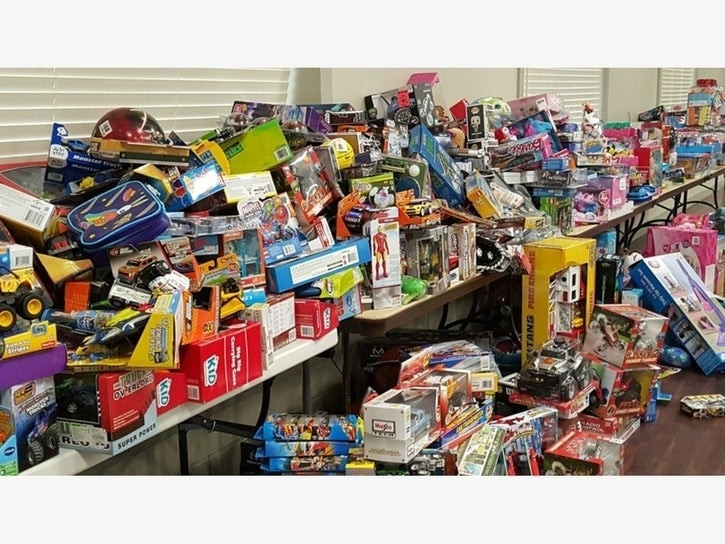 christmas-toy-drive-donation-presents-as