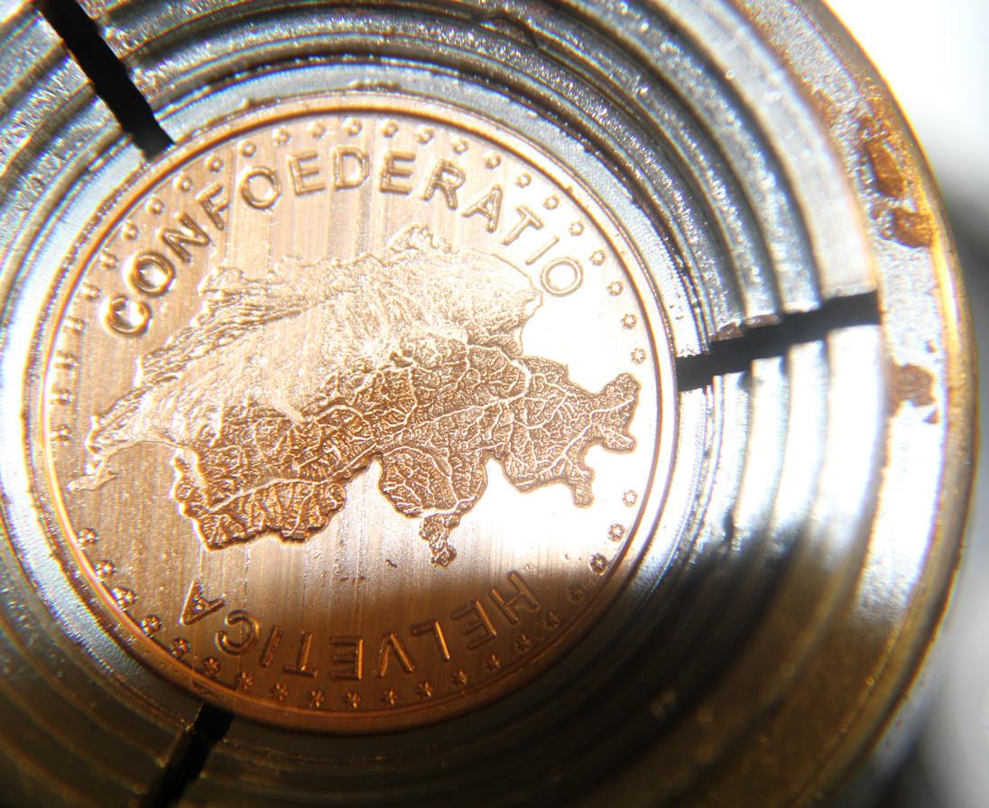 Horlogerie milling GOLD OR.JPG