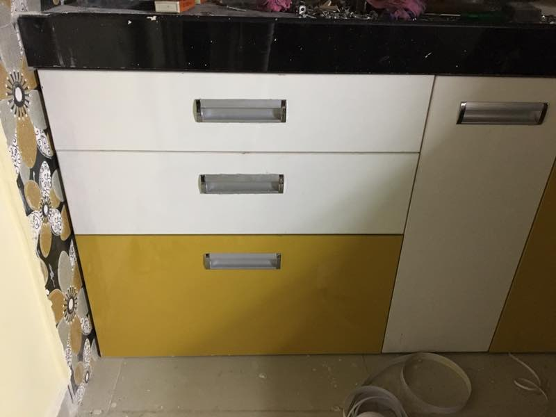 Kitchen Trolley& Pull Out Trolley.JPG