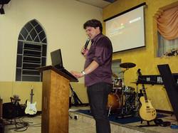 Ministração e pregação
