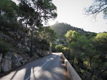 Une route de montagne à  Majorque