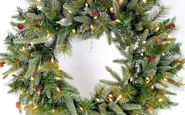pre lit wreath.jpg