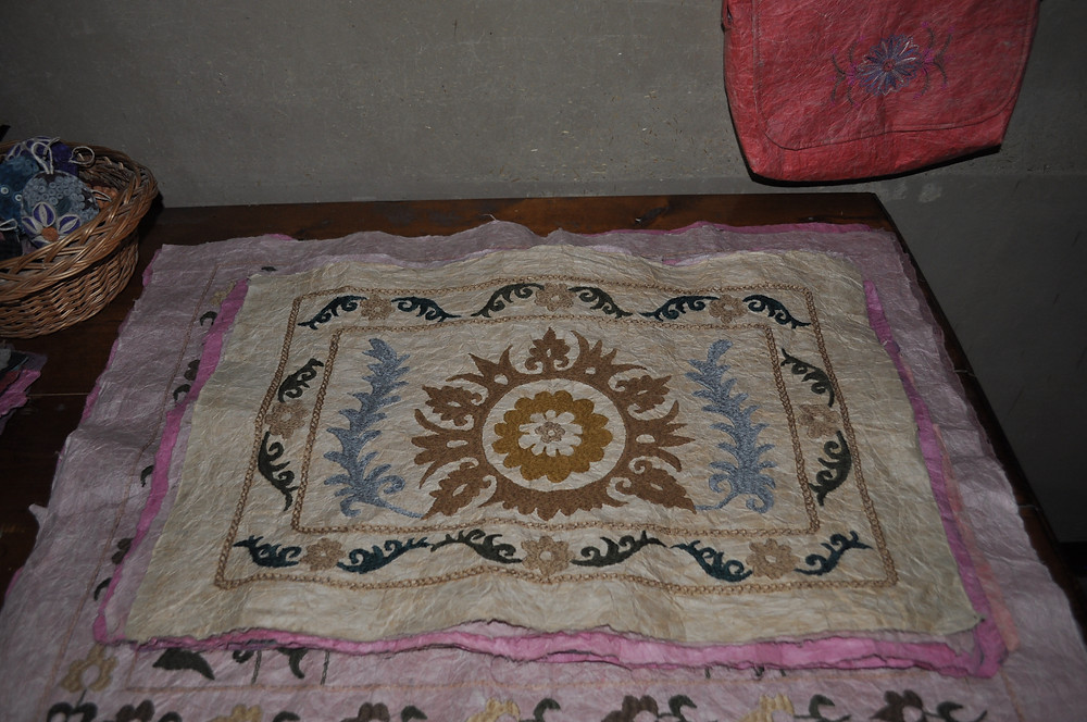 silk_paper_with_embroidery