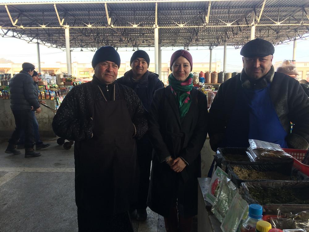 uzbek_people_bazaar