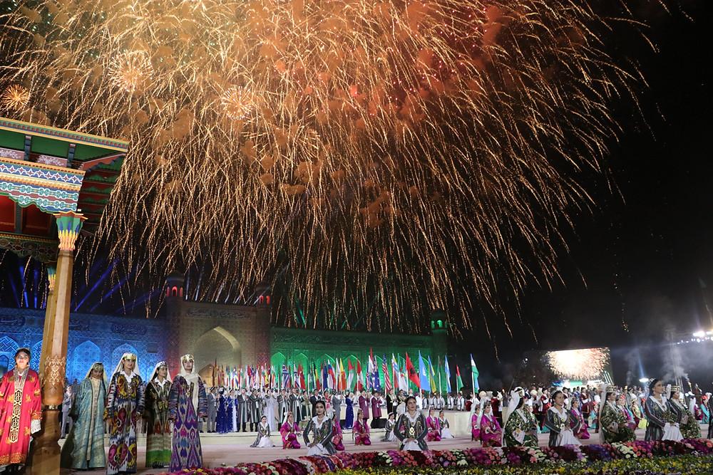 firework_handicrafters_festival_uzbekistan