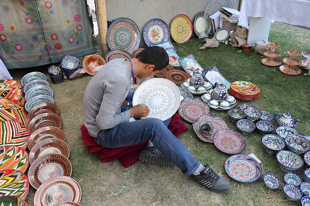 ceramic_craftman_uzbekistan