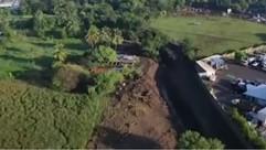 4 km weit in Nejapa waren von Erdrutschen betroffen