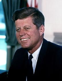 John_F._Kennedy,_White_House_color_photo