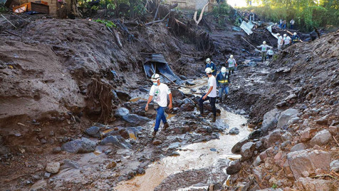Die Regierung setzt ihre Bemühungen zur Rettung und Beseitigung von Trümmern fort