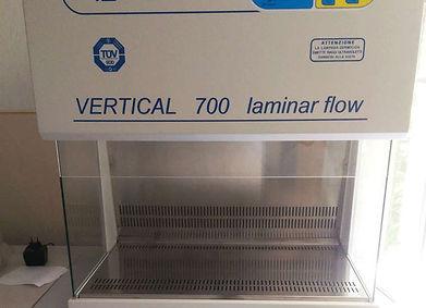 Digital Vertical Laminar Flow Hood Model 700, ASAL