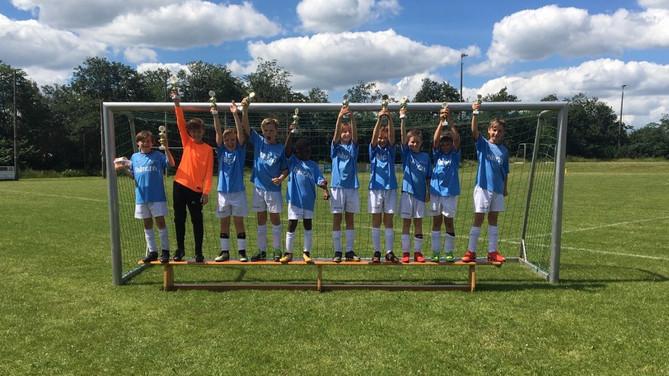 Die E-Jugend belegte den zweiten Platz beim Sommerturnier der SG Ladelund /Achtrup
