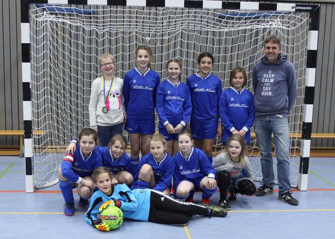 Jungen Sylterinnen zeigen viel Potenzial beim Futsal